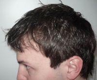 umyté vlasy, pohled zprava